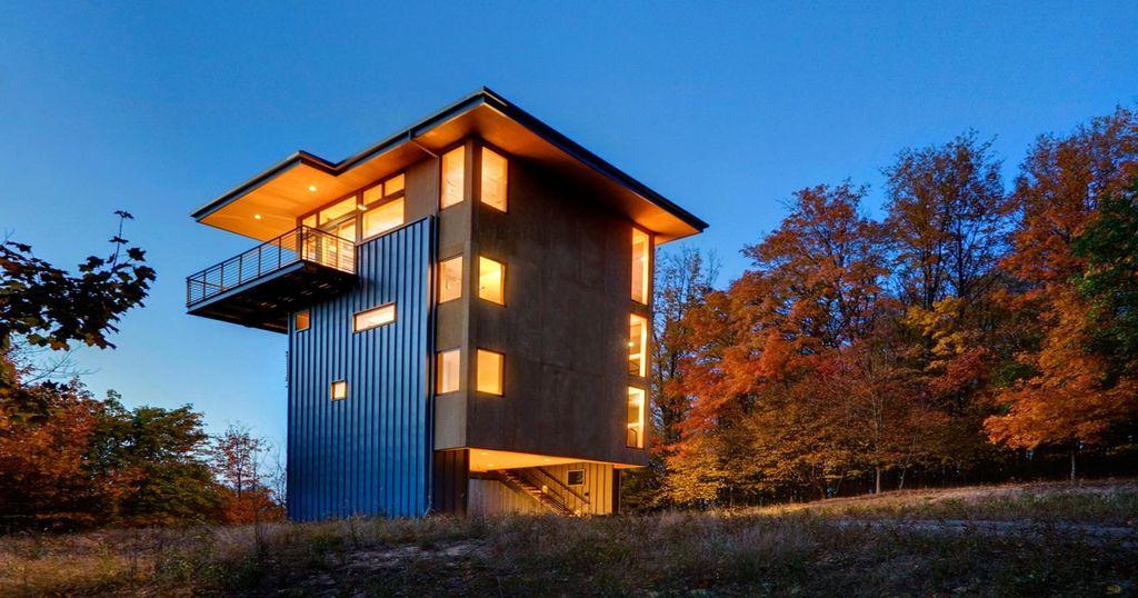 Une-tour en bois pour observer de chez soi la nature