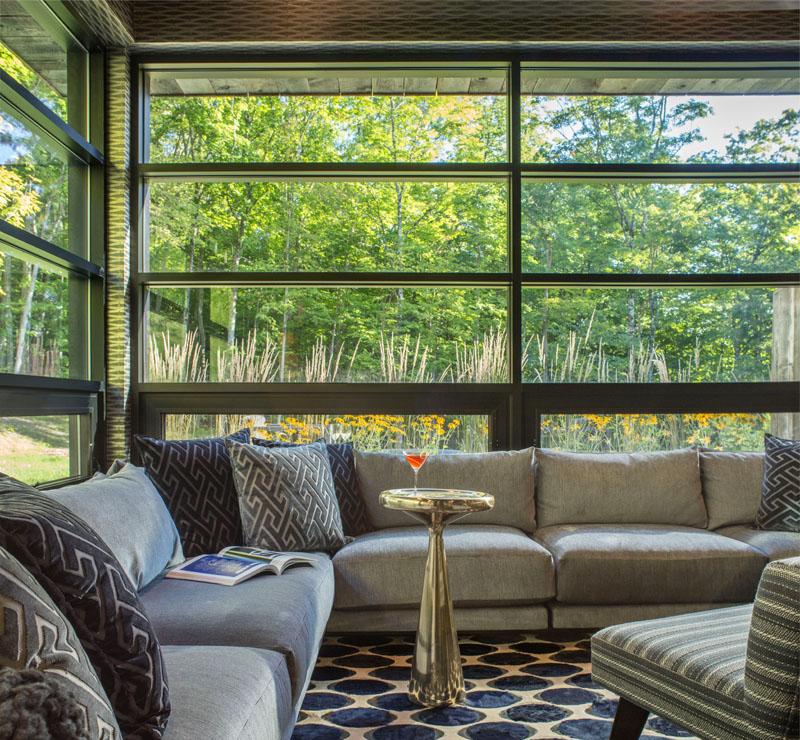 m lange de modernit et tradition pour cette maison bois am ricaine build green. Black Bedroom Furniture Sets. Home Design Ideas