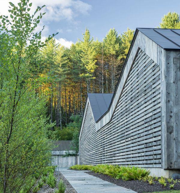 Mélange de modernité et tradition pour cette maison bois ...