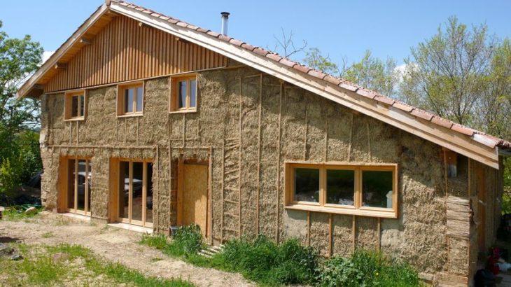 Maison paille build green for Construction de maison en paille