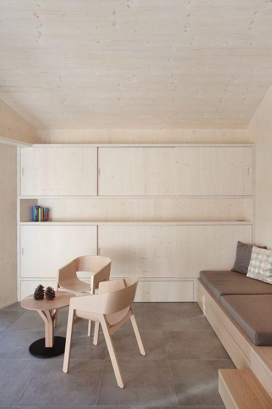 un studio en bois discr tement int gr dans le jardin build green. Black Bedroom Furniture Sets. Home Design Ideas