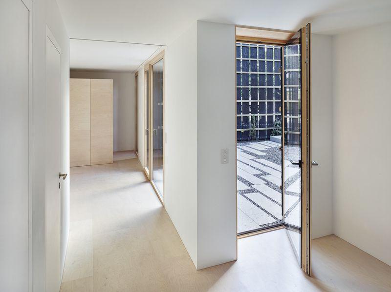 couloir - Maison de Corsier par bunq architectes - Suisse