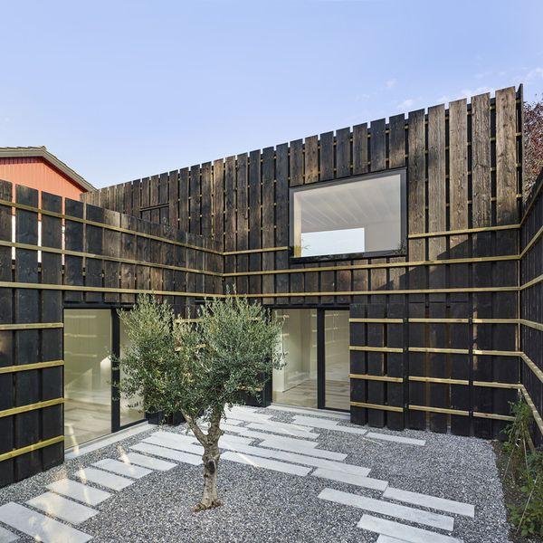 cour intérieure - Maison de Corsier par bunq architectes - Suisse