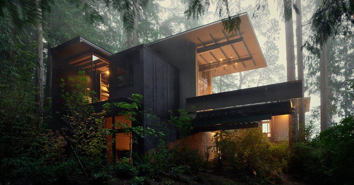 Transformation DUn Minuscule Bunker En Superbe Maison Bois Aux Usa