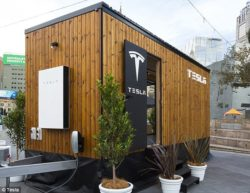 Tesla tiny house - Powerwall