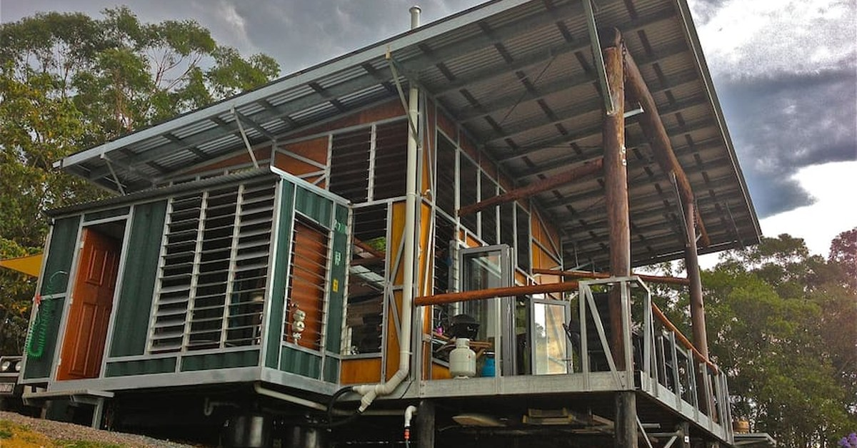 Un conteneur de transport recycl en bengalow de vacances en australie build green - Container homes queensland ...
