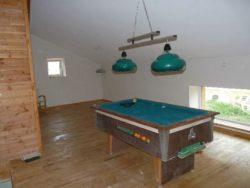 étage avec salle de billard - auto-construction maison paille Greb - Auvergne - France