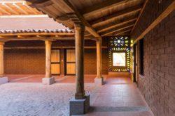 Allées extérieures - Kumanchikua-House par Moro-Taller-Arquitectura - Tarecuato - Mexique