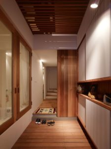 Couloir - tiny-house par Fujiwaramuro-Architects - Kobe - Japon