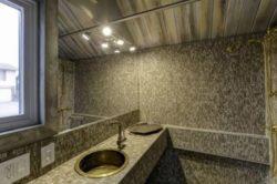 Lavabo salle de bains - earth-sky par Dan Huling - Colorado, USA