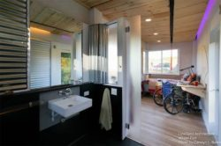 Salle de bain et chambre - Weel-Pad par LineSync Architecture - Vermont, USA