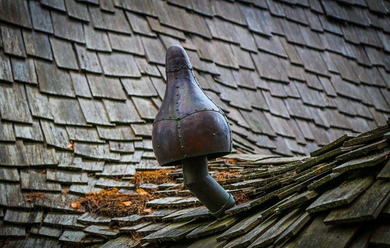 chapeau de ventilation original - Winckler cottage par Lindcroft Custom Dwellings - Vancouver - Canada