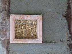 fenêtre de vérité à l'intérieur - auto-construction maison paille Greb - Auvergne - France