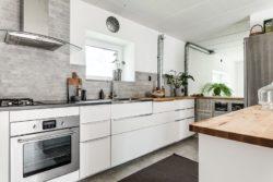 Cuisine moderne - Solar-powered house par Eklund Stockholm - Goteborg, Suede