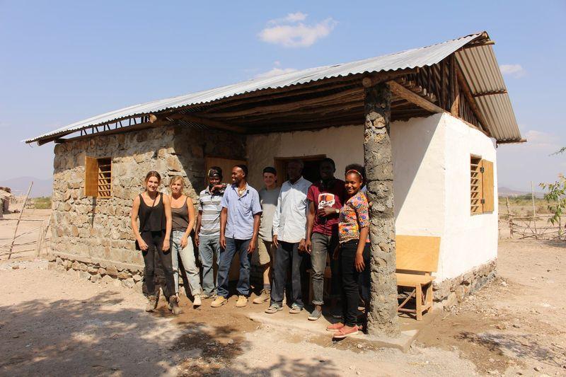 Equipe de construction - Babus-house par C-re-a.i.d - Kilimandjaro, Tanzanie
