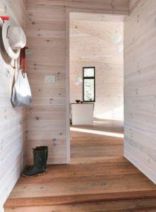 couloir acces piece de vie-Les soeurs par Anik Péloquin architecte - La Malbaie - Canada