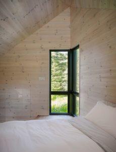 Chambre-Les soeurs par Anik Péloquin architecte - La Malbaie - Canada