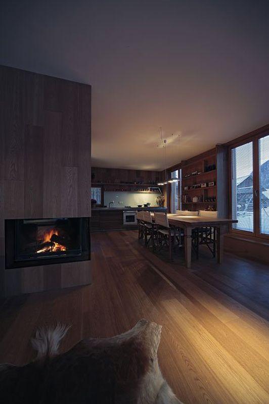 Pièce de vie - Alpine-hut par OFIS-arhitekti - Stara Fuzina, Slovenie