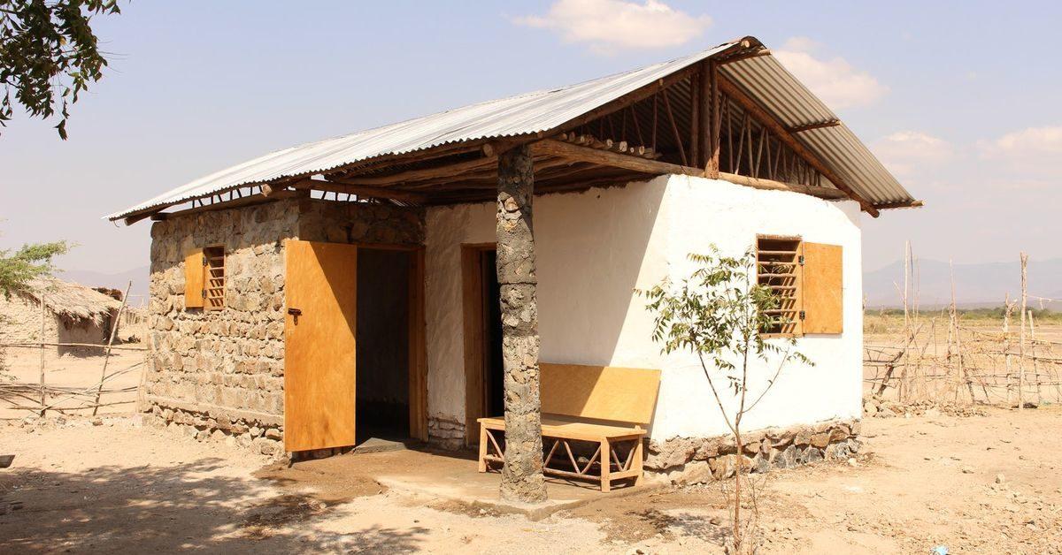 terre crue et pierre pour cette maisonnette en tanzanie. Black Bedroom Furniture Sets. Home Design Ideas