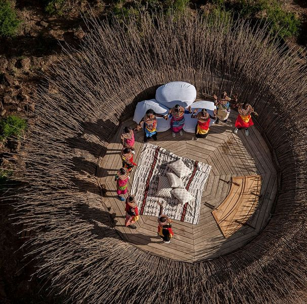 Vue panoramique terrasse en bois - NAY PALAD par Daniel Pouzet - Segara Retreat, Kenya
