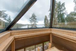 Espace observatoire vitré - Pyramid-House par VOID-Architecture - Sysma, Finlande © Timo Laaksonen