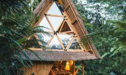 Façade vitrée coulissante avec joint en bambou - Hideout par Jarmil Lhotak - Alena Fibichova - Bali, Indonesie © Fibichova