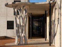 Poteau 3D par Xtreee - Aix en Provence