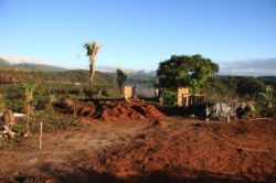 Préparation emplacement site - House-Ibicoara par Auwaearth - Ibicoara, Bresil © Auwaearth