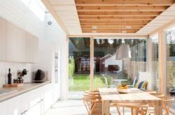 Salle séjour et cuisine - Charred-Wood par Stephen Kavanagh - Dublin, Irlande © Stephen Kavanagh