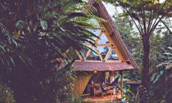 Salon terrasse design - Hideout par Jarmil Lhotak - Alena Fibichova - Bali, Indonesie © Fibichova