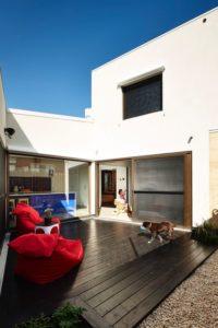 Terrasse salon design - Hemp House par Steffen Welsch - Melbourne, Australie © Rhiannon Slatter
