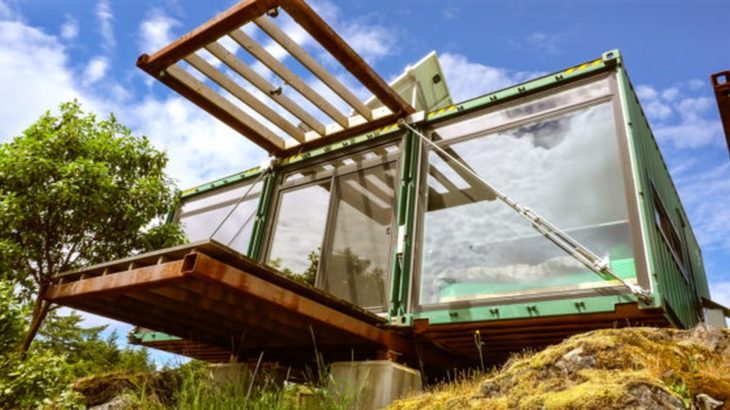 Une- Container-Home par HoneyBox INC - Colombie-Britannique, Canada © Exploring Alternatives