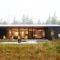 Une- Lockeport-Beach-House par Nova Tayona Architects - Nouvelle-Ecosse, Canada © Janet Kimber