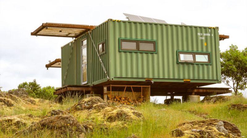 Vue d'ensemble - Container-Home par HoneyBox INC - Colombie-Britannique, Canada © Exploring Alternatives