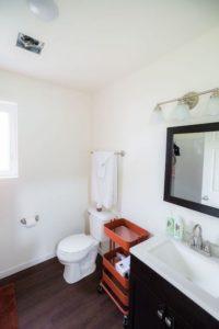 Salle de bains - Tiny-House par CCSS - Detroit, USA © jetsongreen