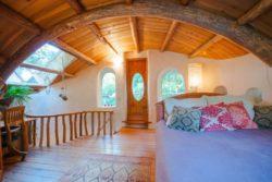 lit chambre Cob - cottage par Cobworks - Canada