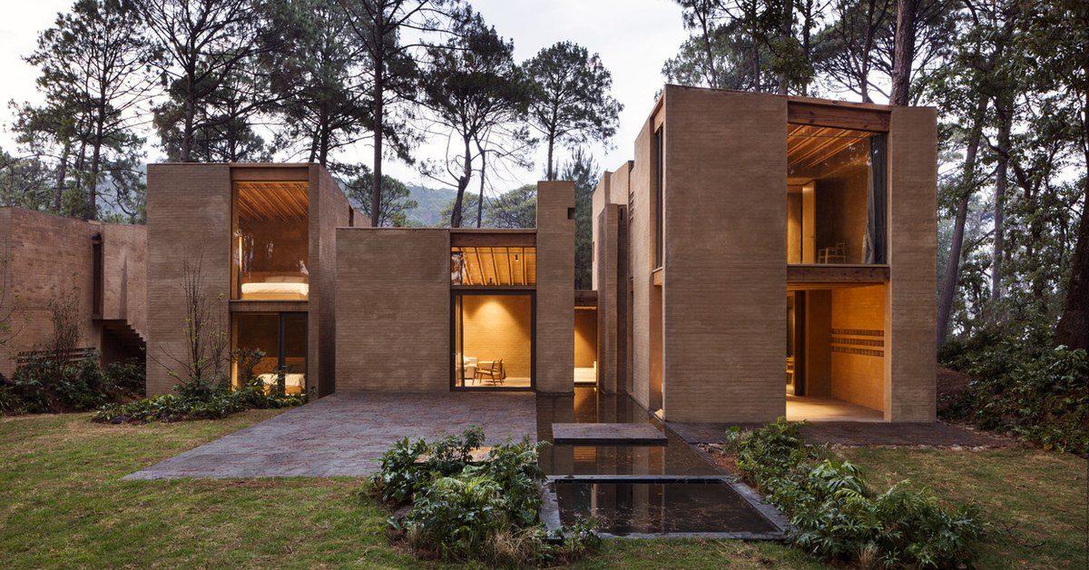 savoureux m lange de brique terre crue et bois pour ces maisons mexicaines build green. Black Bedroom Furniture Sets. Home Design Ideas