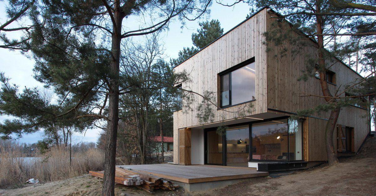 Superbe maison de campagne en bois en slovaquie build green for Maison de campagne en bois