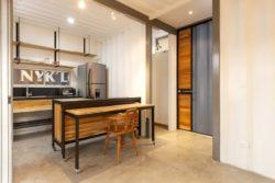 Espace Ilot central de cuisine - Franceschi-Container par DAO, Re Arquitectura - Santa Ana, Costa Rica © Adam Baker