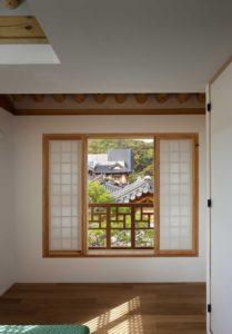 Fenêtre coulissante - Su-o-jae par studio-GAON - Jingwan-dong, Coree du Sud © Youngchae Park