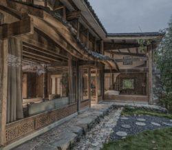 Jardin et vue salon de thé et salon secondaire - Springstream-House par WEI architects - Fuding, Chine © Weiqi Jin