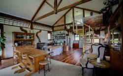 Pièce principale - Skyfarm par Michael-Leung - Australie © Living Big in a Tiny House.com