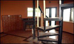 Portes et ouvertures vitrées - chalet-eartbag - Ghana © migratingculture