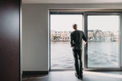 Portes vitrées - Haarlem-Shuffle par vanOmmeren-architecten - Haarlem, Pays-Bas © Eva Bloem