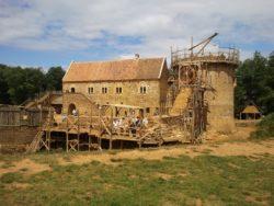 château de Guédelon en cours de construction en Puisaye