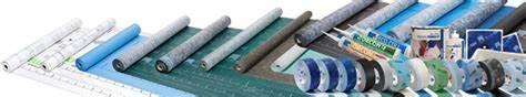 Matériaux en panneaux pouvant assurer la fonction de pare-vapeur.