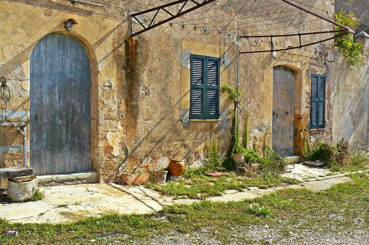 Murs en pierre leurs atouts et contraintes build green for Crepis a la chaux