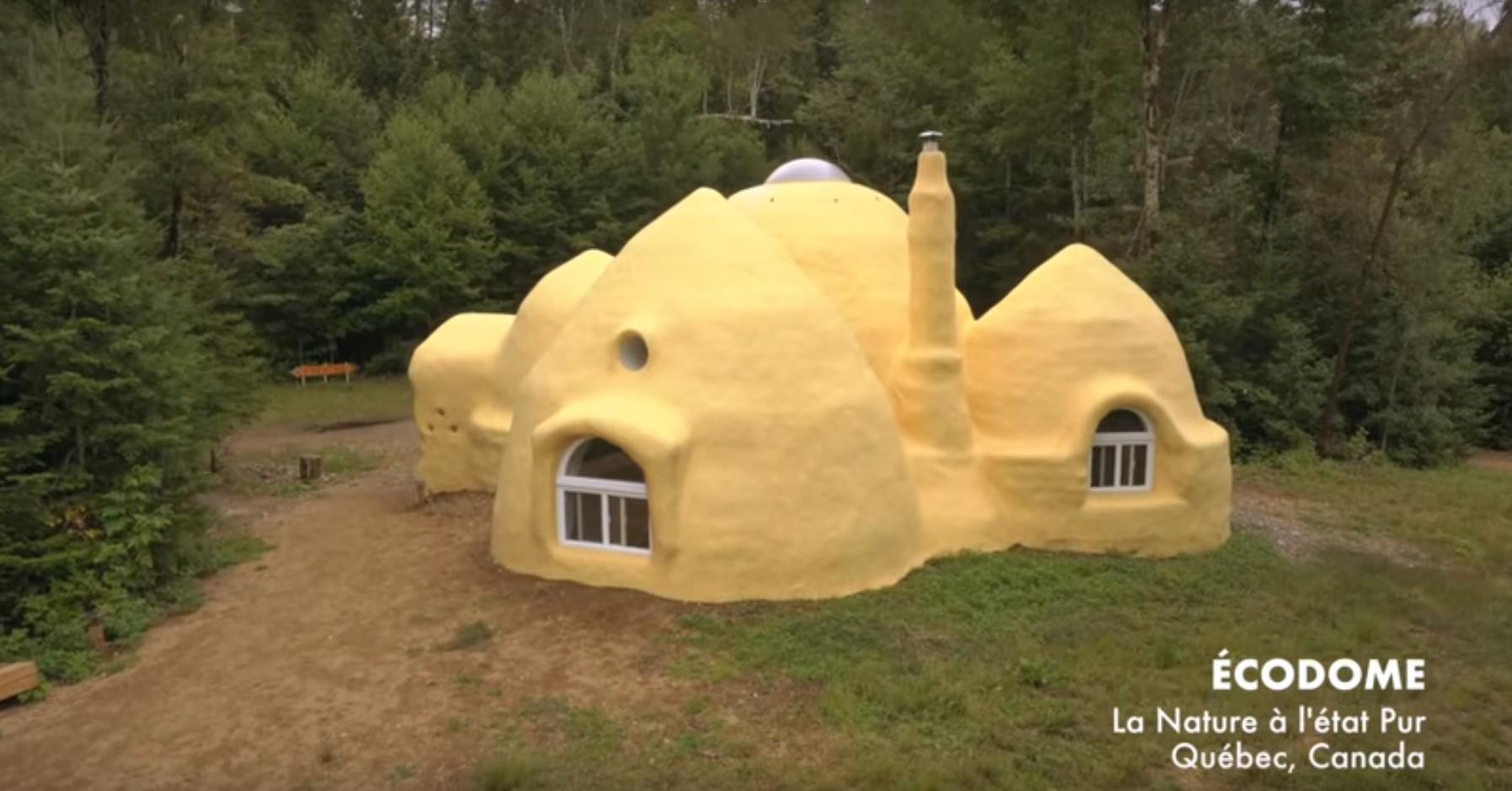 vid o cette maison en earthbag a t adapt e au climat canadien build green. Black Bedroom Furniture Sets. Home Design Ideas
