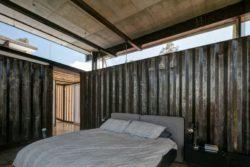 Chambre - container-house par Daniel Moreno Flores - Guayaquil, Equateur © Federico Cairoli
