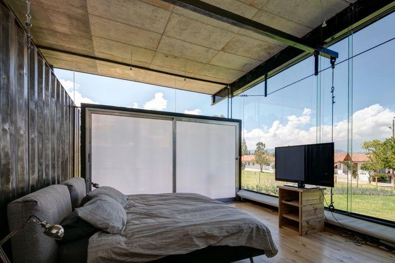 Chambre totalement ouverte - container-house par Daniel Moreno Flores - Guayaquil, Equateur © Federico Cairoli
